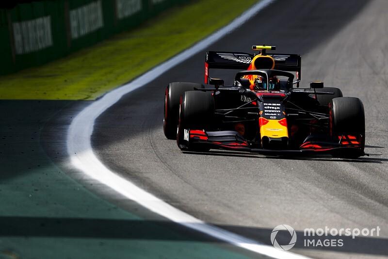 Albon perdoa Hamilton por toque no GP do Brasil