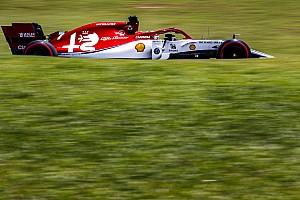 Az FIA tömeges büntetést oszthat ki, Räikkönen dobogós lehet?