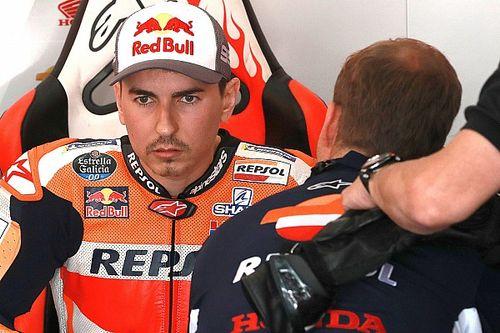 «Не хочу видеть его 19-м». Босс MotoGP посоветовал Лоренсо задуматься о будущем