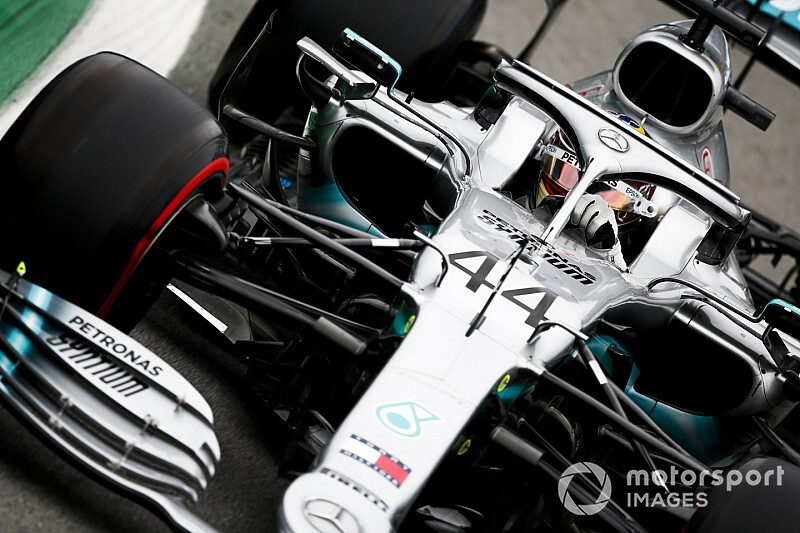 "Hamilton: Early title gives Mercedes ""freebies"""
