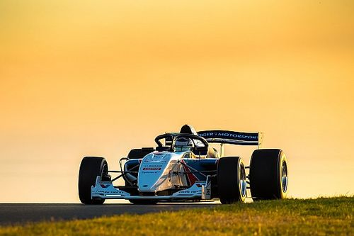 Three drivers locked in for latest S5000 evaluation