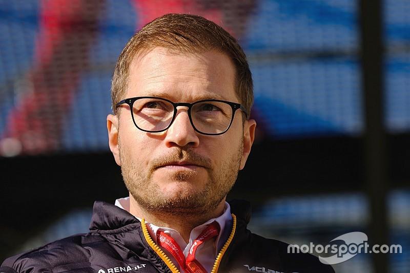 Akár Alonsót is behívhatta volna a McLaren Norris helyett?