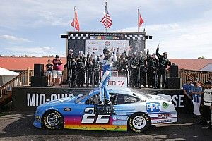 Austin Cindric takes dominant Xfinity win at Mid-Ohio