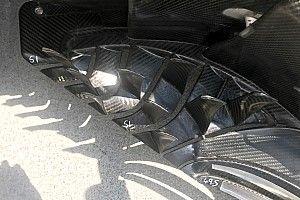 На дефлекторах Haas в Венгрии были нарисованы странные цифры. Motorsport.com узнал, для чего они нужны