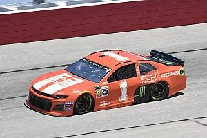 Kurt Busch leads the way in first Darlington practice
