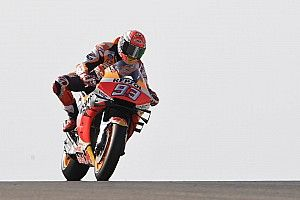 MotoGP, Aragon: nona pole stagionale di Marquez, sesto Rossi