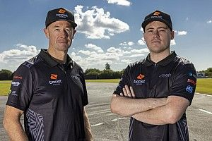 Murphy: Give Stanaway a shot at Whincup's seat