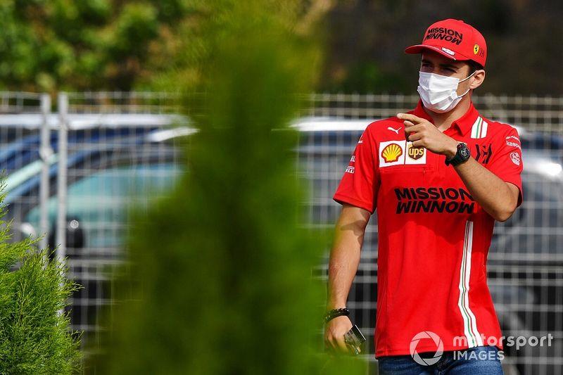 """Leclerc: """"Orta lastikte yavaş kalmamızın nedenini henüz bulamadık"""""""