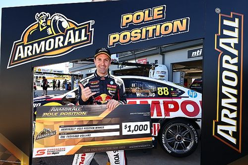 Townsville Supercars: Whincup dominates Shootout