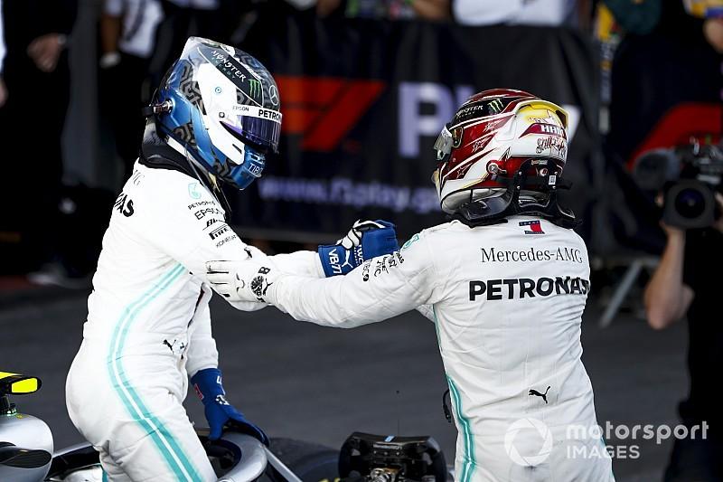 """Hamilton diz que """"pegou leve"""" com Bottas na primeira volta no Azerbaijão"""