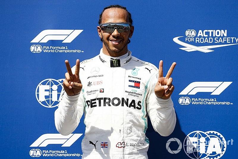 86 pole position Hamiltona