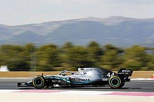 Hamilton en Bottas pakken 50ste een-twee Mercedes, Verstappen P4