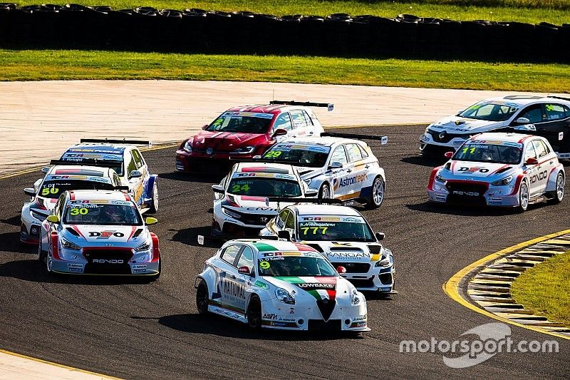 Lotti: TCR not competing with Supercars