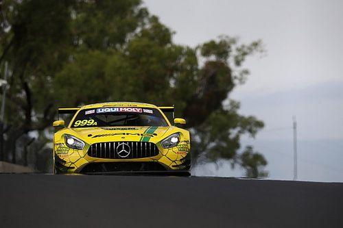 12 Ore di Bathurst: l'Aston vola ma è penalizzata, la pole va alla Mercedes di Marciello