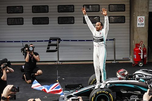 Хэмилтон стал победителем 1000-й гонки Формулы 1