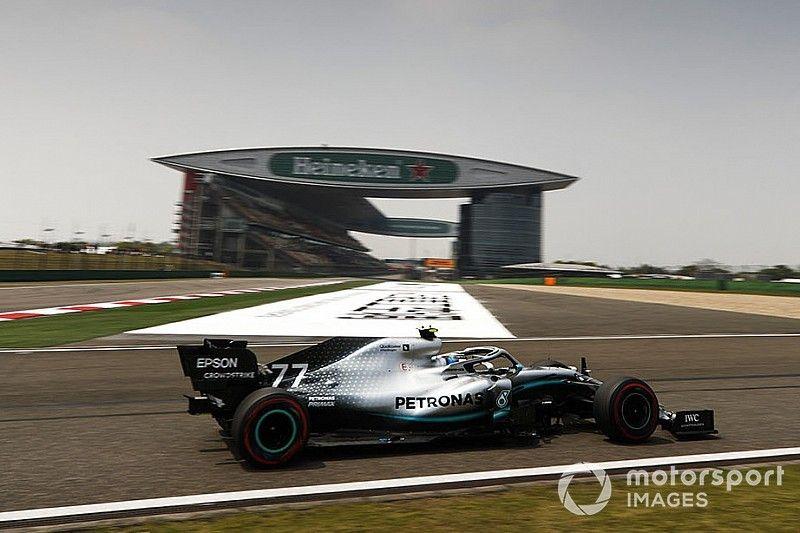Formel-1-Training China: Bottas hauchdünn vor Vettel