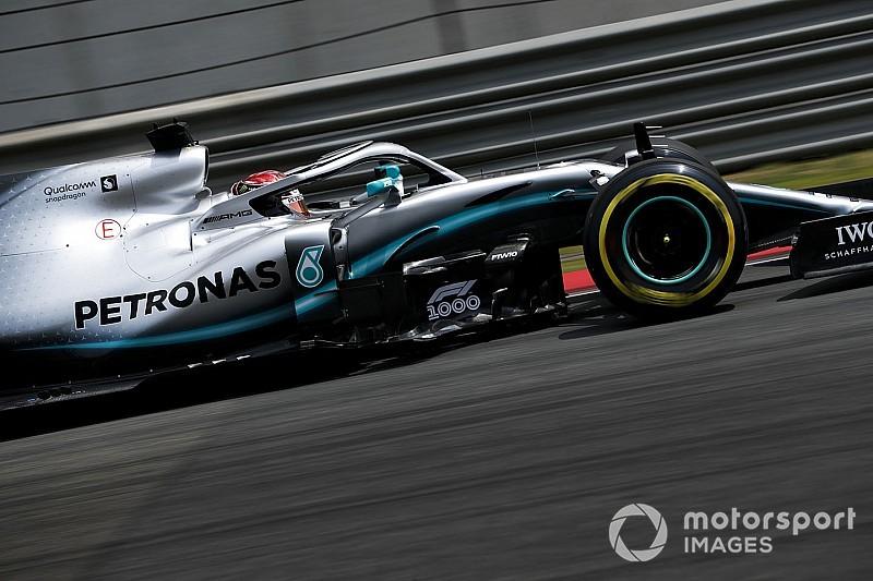 Hamilton az időmérőn végig a Mercedesszel kísérletezett, míg Bottas már szárnyalt