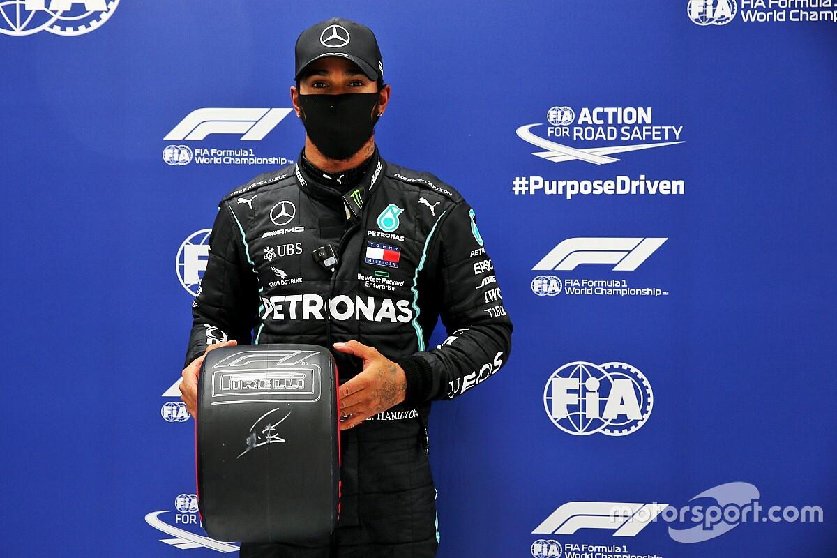 89 pole position Hamiltona