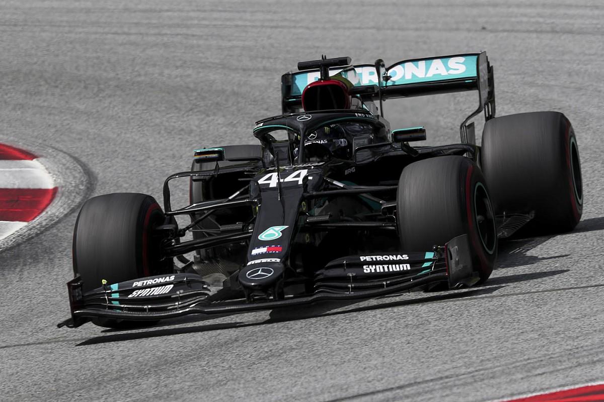 В Венгрии завершилась первая тренировка Формулы 1. Быстрейшим стал Хэмилтон