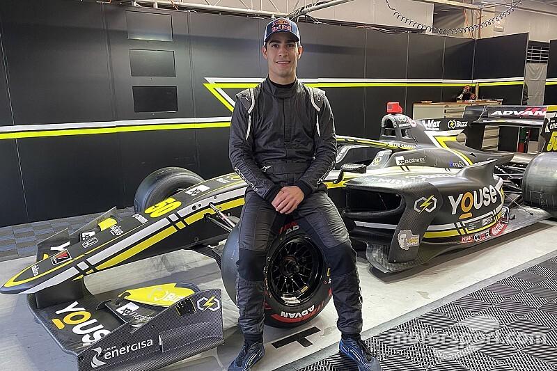 A Red Bull tartalékpilótája, Sette Camara idén a Super Formulában versenyez