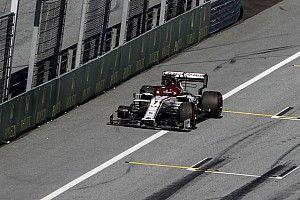 Räikkönen sajnálja a kiesést, pontokért harcolhatott volna: 5000 eurós büntetés