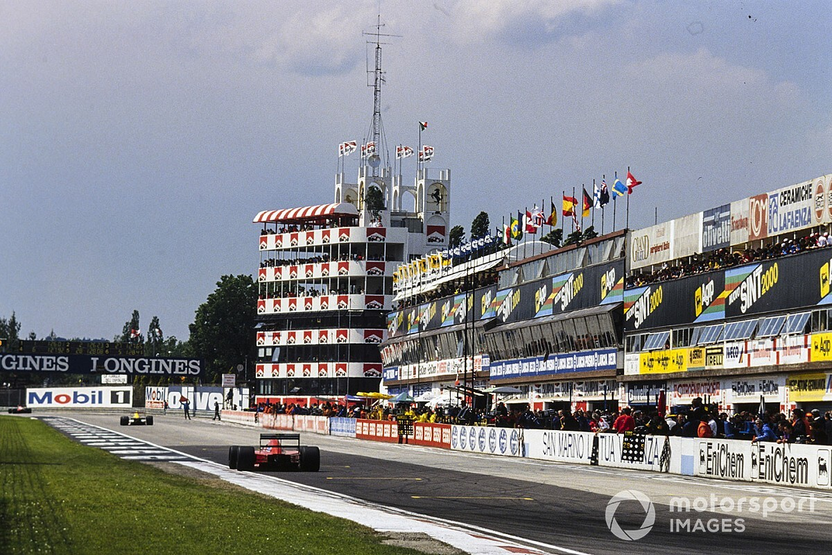 Imola willing to run closed doors F1 race