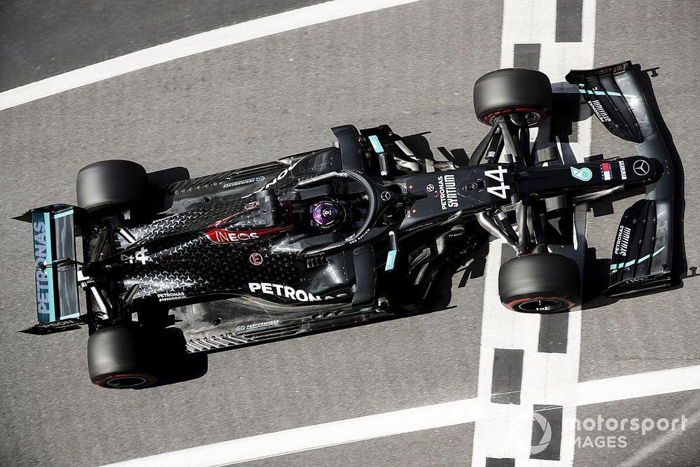 Hamilton supera recorde que dividia com Senna após conquista da 91ª pole