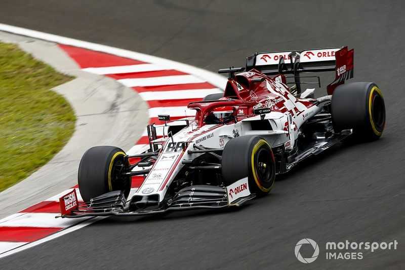 Kubica returns to Alfa Romeo cockpit for Silverstone FP1