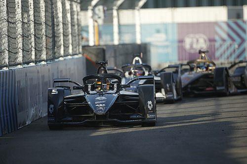 Formula E, Berlino 6: Vandoorne guida la doppietta Mercedes