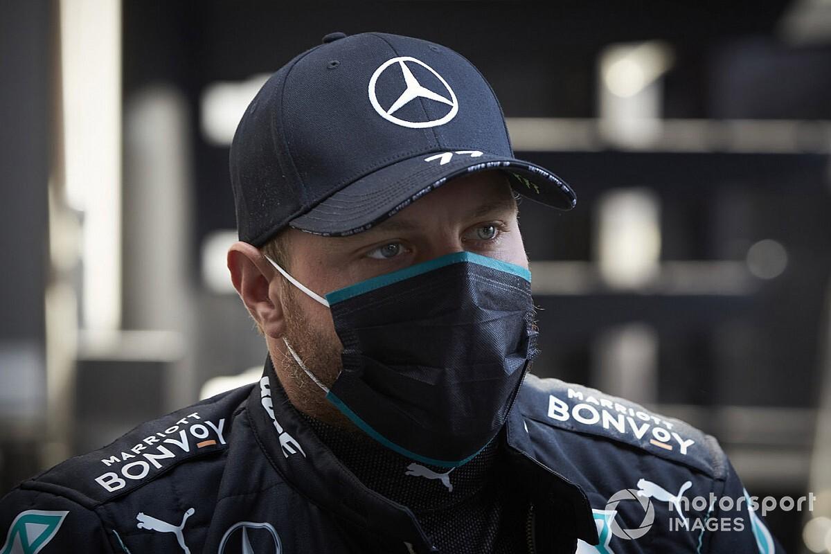 黒いレーシングスーツは暑い! ボッタス、スペインGPで体重が3キロ減少