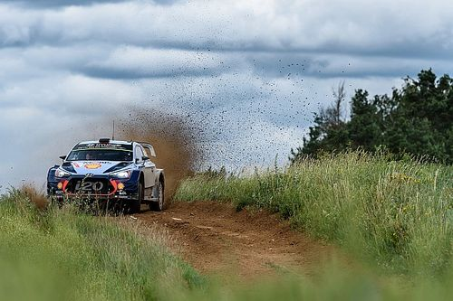 Poland WRC: Tanak mistake gives Neuville big lead