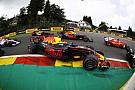 Räikkönen és Ricciardo szenzációs kettős előzése Bottas ellen