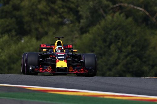"No pódio, Ricciardo comemora Safety Car: ""Aproveitamos"""
