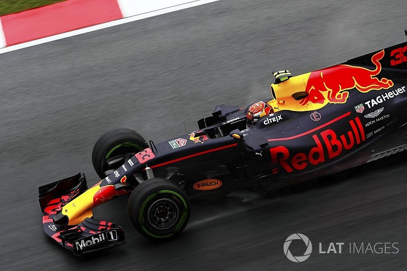 Verstappen sai na frente em treino encurtado pela chuva