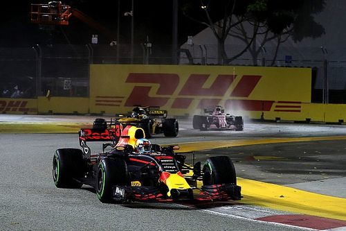 """Ricciardo baalt na mislopen zege: """"Het lukt hier maar niet"""""""