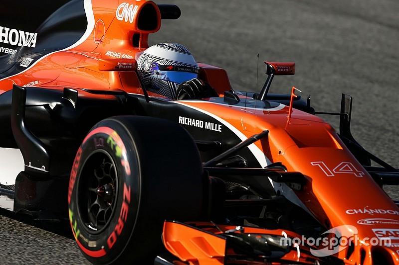 """McLaren - Moins d'argent que Mercedes, """"mais assez pour gagner des GP"""""""