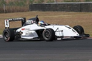 Chennai MRF Challenge: Newey wins Race 3 as Schumacher crashes out