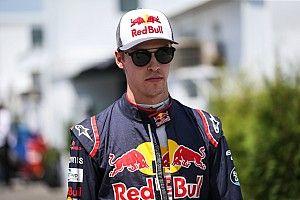 """Kvyat: Pengawasan balap F1 seperti """"sirkus bodoh"""""""