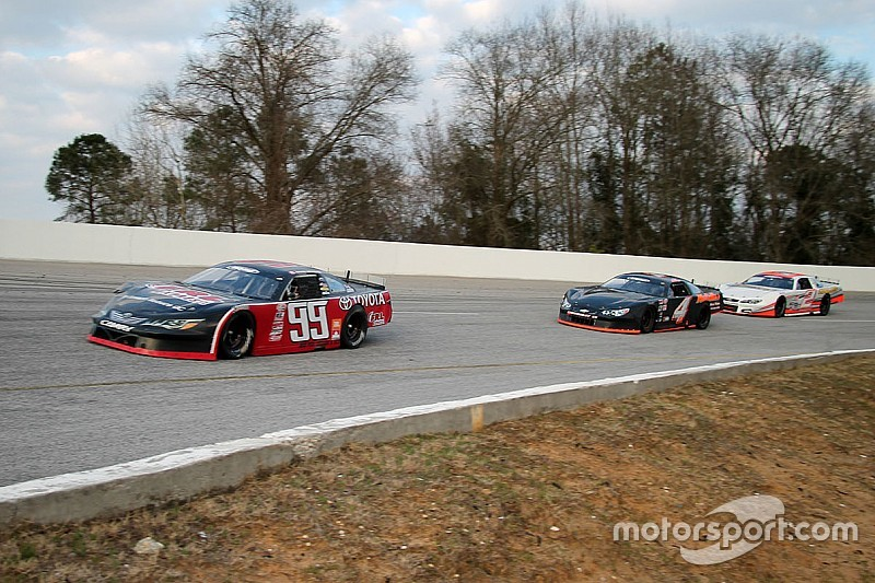 Canadian teenager Raphaël Lessard wins again in CARS Super Late Model Tour