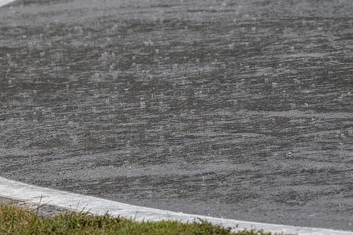 Torna a piovere sul TT 2019: cancellate anche le prove di oggi