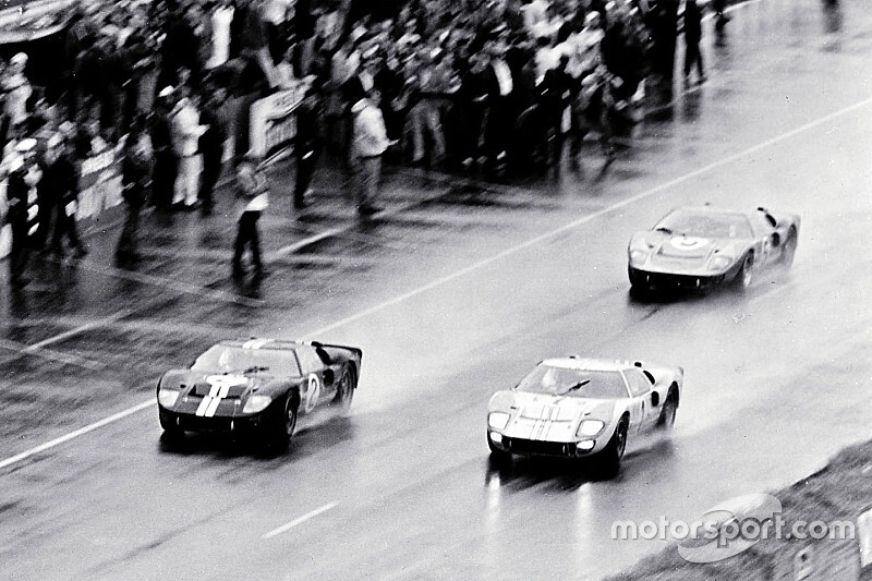 Le Mans Legends Watch How Ford Beat Ferrari In 1966