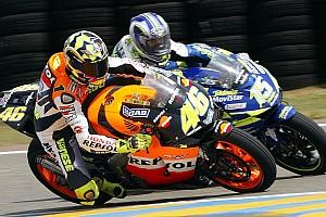 Kijktip van de dag: Gibernau versus Rossi op Le Mans 2003