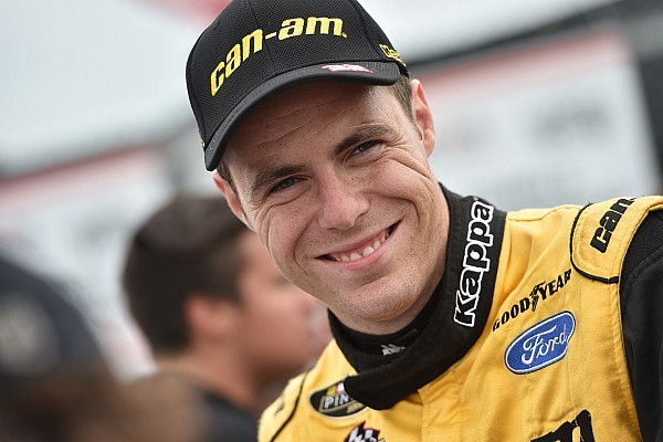 NASCAR Canada Alex Labbe moves closer to NASCAR title in dominating victory