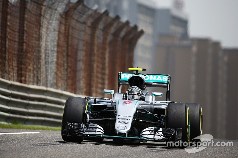 Chinese GP: Rosberg tops stoppage-affected FP1