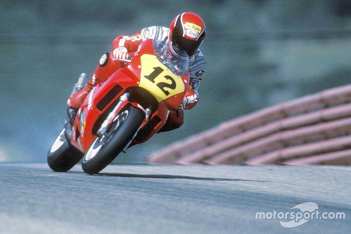 Картон вместо гипса на гонке MotoGP – видео студии Duke