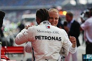 Bottas már majdnem előzte Hamiltont, amikor rászóltak: videó