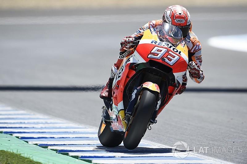 """Márquez: """"Crutchlow tiene mi misma moto y a veces recibe piezas nuevas antes"""""""