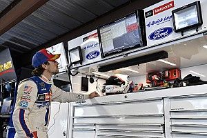Ryan Blaney leads opening Texas practice with near 200mph lap