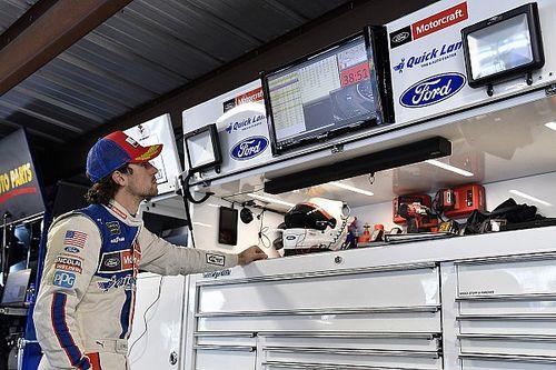 Ryan Blaney lidera la primera práctica en Texas