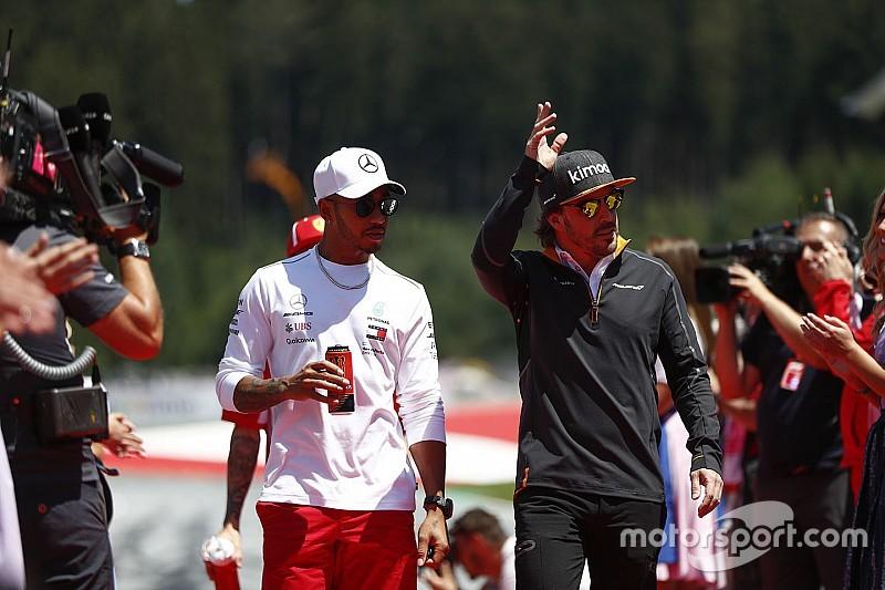 """Hamilton: """"Es triste ver así a McLaren y Williams"""""""